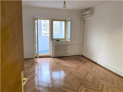 inchiriere apartament 3 camere UNIRII 10 min metrou 1 loc de parcare