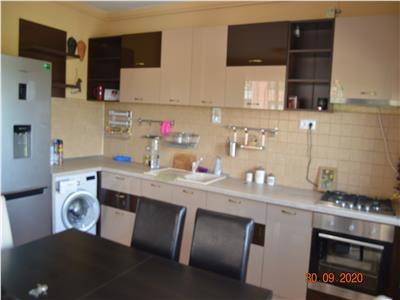 Inchiriere apartament 3 camere, bloc nou Ploiesti, zona Albert