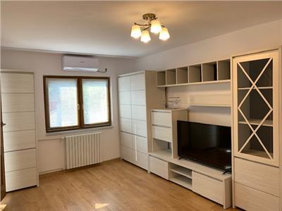 Inchiriere apartament 3 camere, de lux, Ploiesti, zona Democratiei