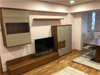 Apartament 3 camere, decomandat, Decebal