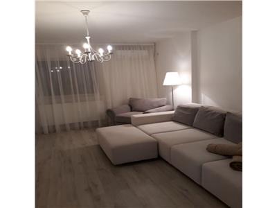 Inchiriere apartament 3 camere, Decebal