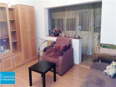 Inchiriere apartament 3 camere decebal muncii