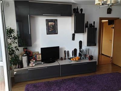 Inchiriere apartament 3 camere Decebal-Piata Muncii