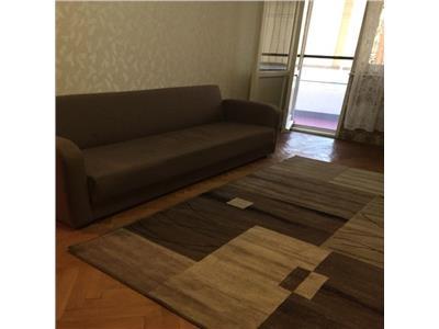 Inchiriere apartament 3 camere decomandat Berceni