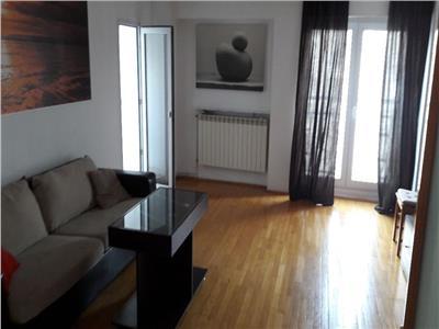 Inchiriere apartament 3 camere decomandat Piata Unirii