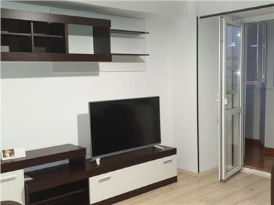 Inchiriere apartament 3 camere decomandat situat in zona Banu Manta