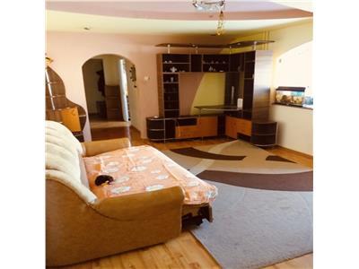 Inchiriere apartament 3 camere, decomandat, zona Vest, In Ploiesti