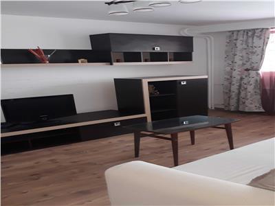 Inchiriere apartament 3 camere Drumul Taberei langa metrou Brancusi