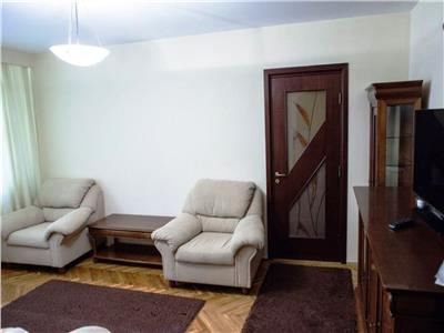 Inchiriere apartament 3 camere Drumul Taberei/ Valea Argesului