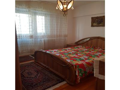 Inchiriere apartament 3 camere etaj 3 Panduri