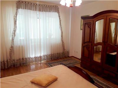 Inchiriere apartament 3 camere generos B-dul Aerogarii / Romaero