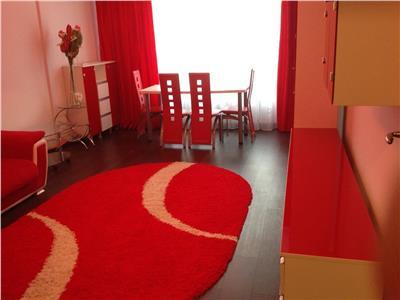Inchiriere apartament 3 camere generos cu parcare proprie Laminorului