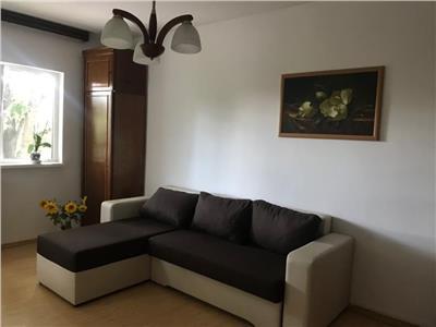Inchiriere apartament 3 camere, in Ploiesti, zona Democratiei