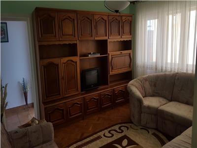 Inchiriere apartament 3 camere, in Ploiesti, zona Nord