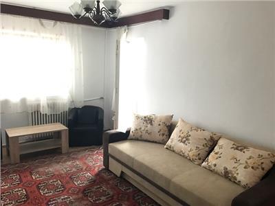 Inchiriere apartament 3 camere, in Ploiesti, zona Piata Anton
