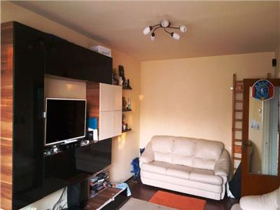 Inchiriere apartament 3 camere in Ploiesti, zona Republicii, Renel