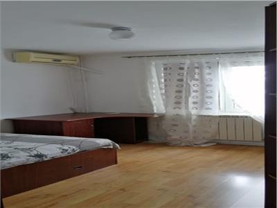Inchiriere Apartament 3 camere GORJULUI| 2 min metrou centrala proprie