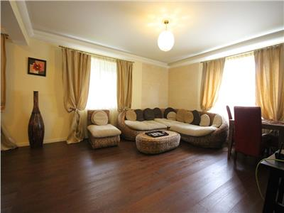 Inchiriere apartament 3 camere lux Baneasa Greenfield