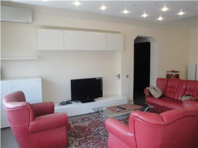 Inchiriere apartament 3  camere lux Ploiesti, zona Ultracentrala