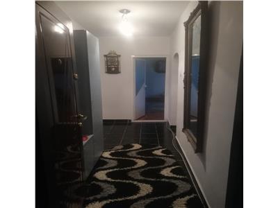 Inchiriere apartament 3 camere ,micro 3