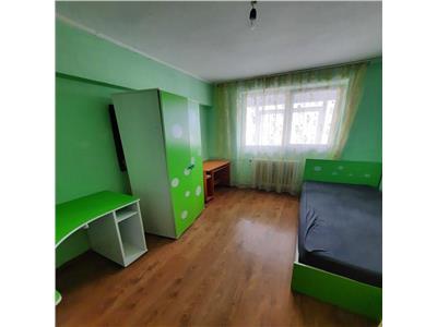Inchiriere apartament 3 camere Pantelimon/Piata Delfinului