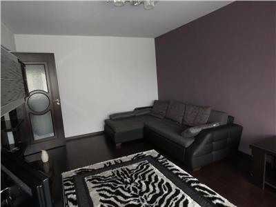 Inchiriere apartament 3 camere, Ploiesti, zona Mihai Bravu