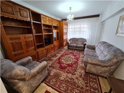 Inchiriere apartament 3 camere, Ploiesti, zona Mihai Viteazu