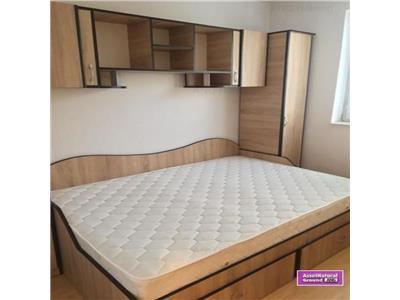 Inchiriere apartament 3 camere semidecomandat Pantelimon