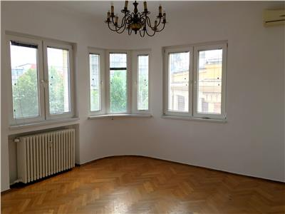Inchiriere Apartament 3 camere Superb PIATA ROMANA
