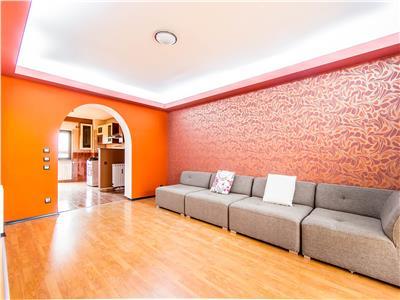 Vanzare apartament 3 camere Unirii Casa Poporului