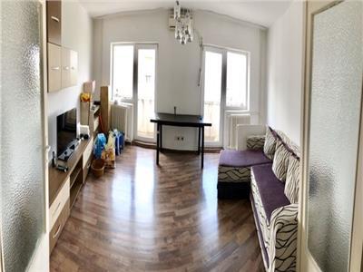 Inchiriere apartament 3 camere Unirii Zepter
