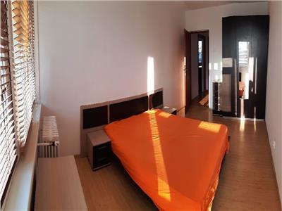 Inchiriere apartament 3 camere, Vatra Luminoasa