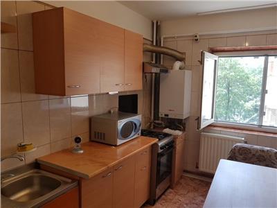 Inchiriere apartament 3 camere Vitan-Mihai Bravu