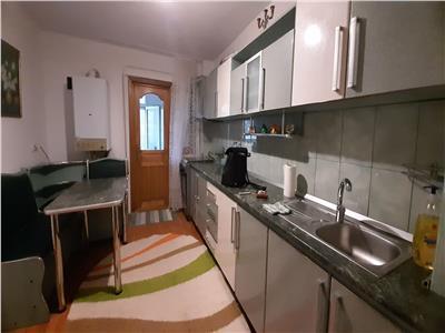 Inchiriere apartament 3 camere, zona capat 1, tex.