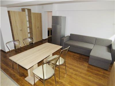 Inchiriere apartament 3 camere, zona Ultracentrala, Ploiesti.