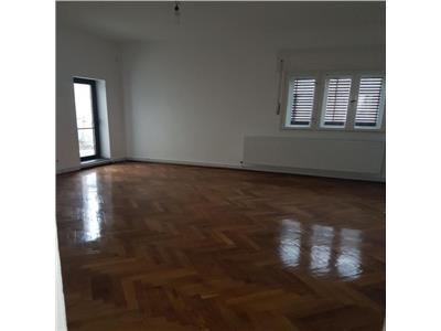Inchiriere apartament 4 camere, Cotroceni