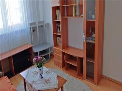 Inchiriere apartament 4 camere decomandat colentina