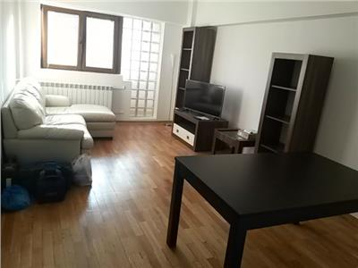 Inchiriere apartament 4 camere decomandat Piata Romana