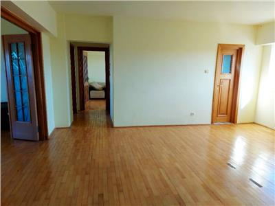 Inchiriere apartament 4 camere decomandat Unirii / Octavian Goga