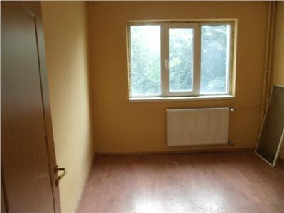 Inchiriere apartament 4 camere, in ploiesti, zona lamaita