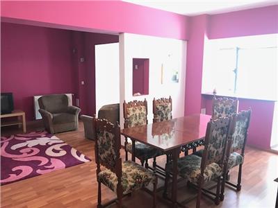 Inchiriere apartament 4 camere, in Ploiesti, zona Ultracentrala