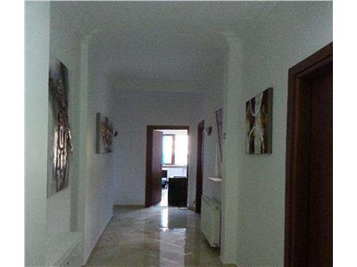 Inchiriere Apartament 4 Camere Metrou Universitate Birouri