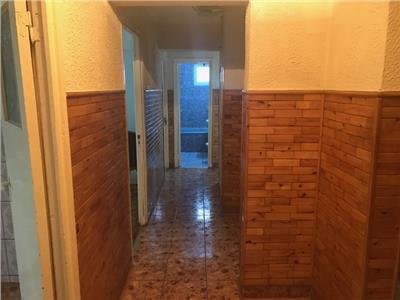 Inchiriere apartament 4 camere, nemobilat, in Ploiesti, zona Vest