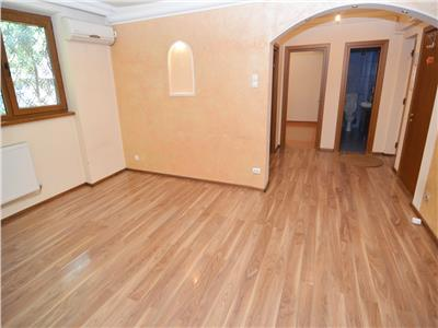 Inchiriere Apartament 4 Camere Nemobilat Maior Coravu