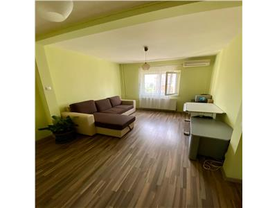 Inchiriere apartament 4 camere Nerva Traian