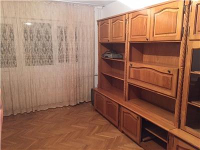 Inchiriere apartament 4 camere, Ploiesti, zona Republicii