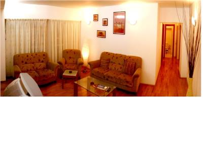 Inchiriere apartament 4 camere Unirii Casa Poporului
