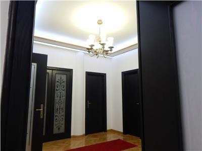 Inchiriere apartament 4 camere, Unirii - Piata Alba Iulia