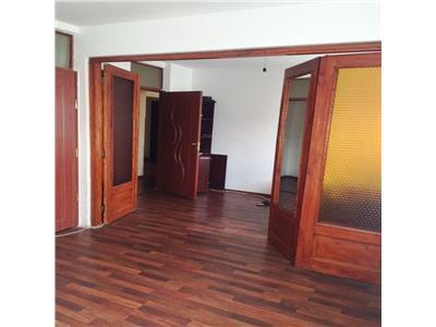 Inchiriere apartament 4 camere, zona Malu Rosu, Ploiesti