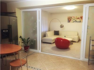 Inchiriere apartament cochet 2 camere Decebal